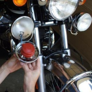 Moto Guzzi California light bulb change