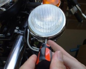 bezel screw for auxiliary light on Moto Guzzi California