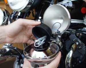 Removing the rubber boot from light on Moto Guzzi when changing H3  bulb