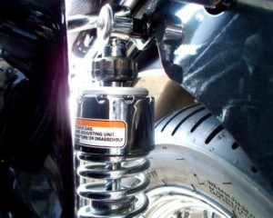 Moto Guzzi California rear shock damping adjustment