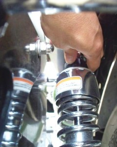 Moto Guzzi rear shock absorber damping adjustment