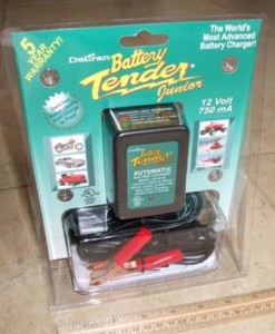Battery Tender Junior 12V battery charger maintainer