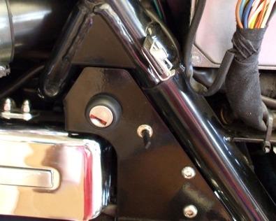 motorcycle hazard light switch on Moto Guzzi California