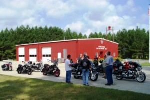 motorcycle marshals gather at MS150 rest area