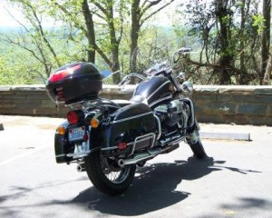 Guzzi California Vintage at Morrow Mountain scenic overlook in North Carolina