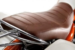 Guzzi California 90 brown leather seat