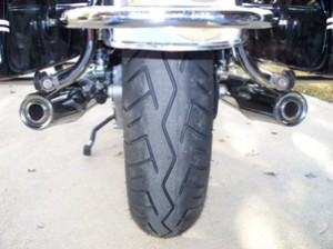 BT45 rear tire on Moto Guzzi California Vintage