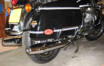 Moto Guzzi California extended exhaust pipes