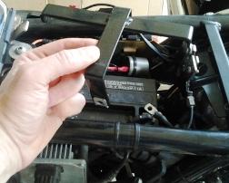battery hold down clamp Guzzi California